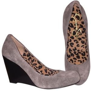 Jessica Simpson gray suede wedges